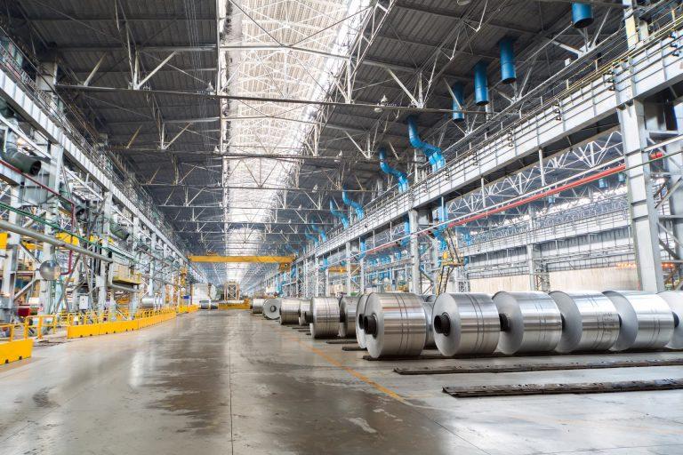Lager in einer Aluminiumfabrik